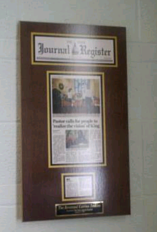 newspaper article framing, frame newspaper, newspaper article display